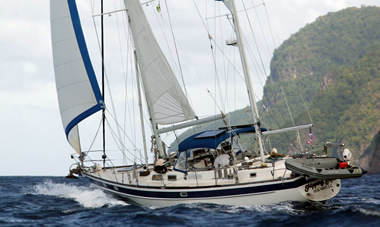 Sailing_into_Bequia_380_227